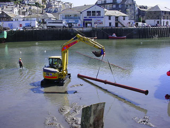 Looe Harbour Picture